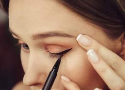 Безобидная косметическая процедура может привести к потере зрения