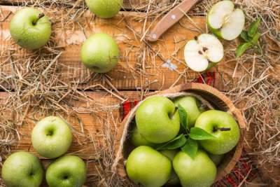 Медики назвали фрукт, защищающий от рака легких