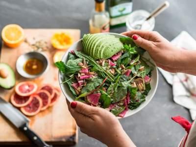 Диетолог подсказала, как правильно питаться, чтобы оставаться молодым и здоровым