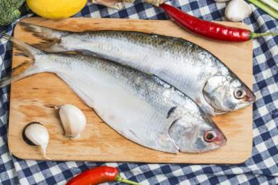 Диетолог рассказал, как часто нужно есть рыбу
