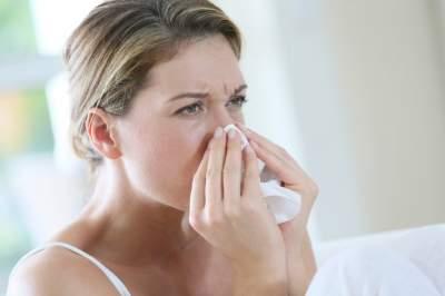 Медики рассказали, как справиться с аллергией на пыль