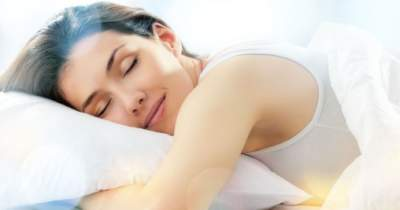 Медики рассказали, как количество сна влияет на кожу