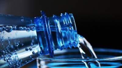 Названы болезни, которые может вылечить вода