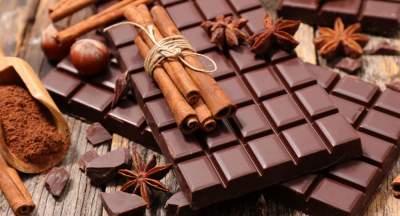 Диетолог рассказала, какой шоколад полезен для кишечника