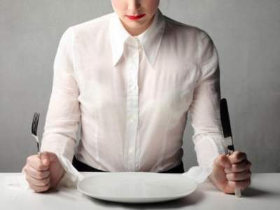 Медики определили, как голодание влияет на длительность жизни