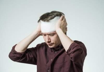 Медики назвали первые симптомы сотрясения головного мозга
