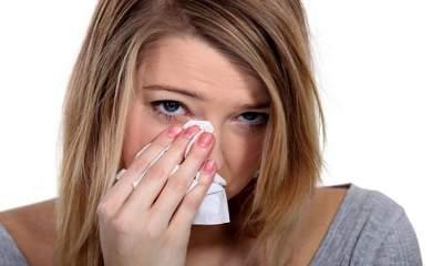 Врач объяснила, как отличить симптомы ОРВИ от аллергии