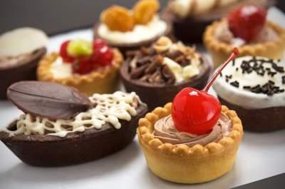 Врачи рассказали, полезны ли десерты без муки, сахара и жиров