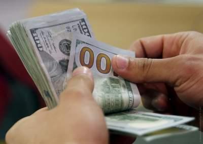Спорт или деньги: медики рассказали, что делает счастливее