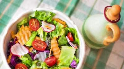 Диетологи назвали причины перейти на здоровое питание