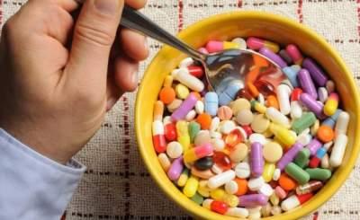Супрун объяснила, как правильно принимать витамины