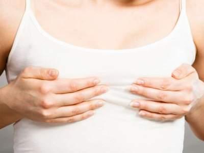Врачи назвали возможные причины боли в груди