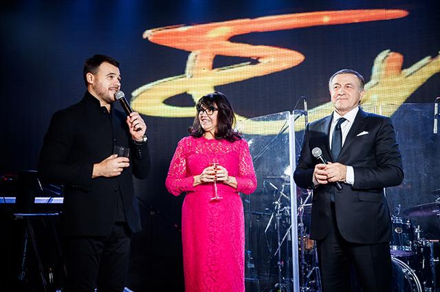 Эмин, Ирина и Араз Агаларовы