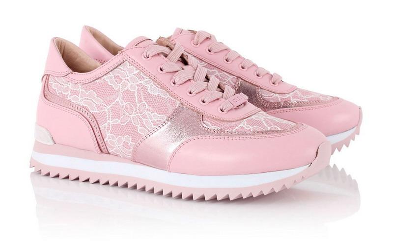 Качественные женские кроссовки по приемлемой цене