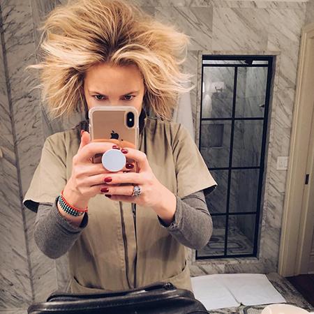 Звездный Instagram: трогательные кадры с питомцами и соблазнильные фото в нижнем белье