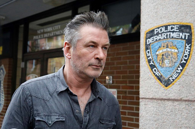 Алека Болдуина арестовали в Нью-Йорке