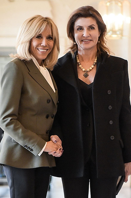 Первая леди Франции Брижит Макрон и Марина Порошенко