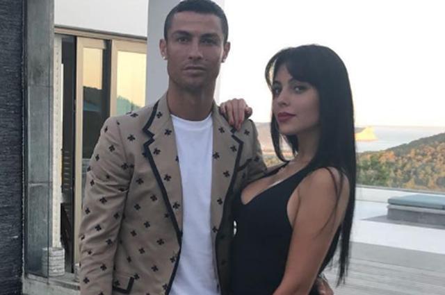 Криштиану Роналду и Джорджина Родригес наслаждаются романтическим отдыхом