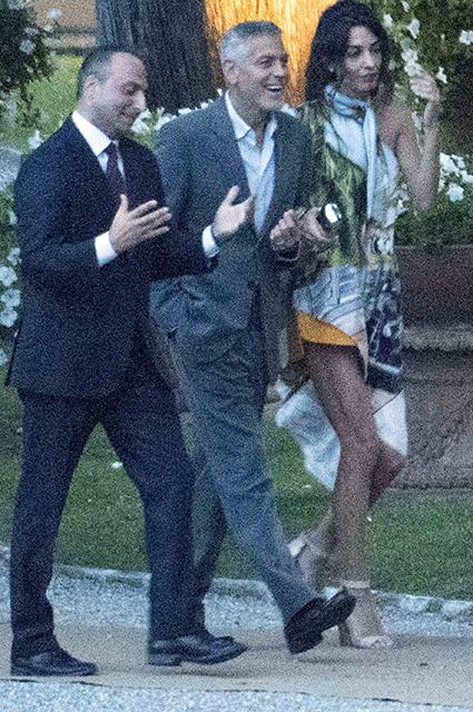 Джордж и Амаль Клуни с другом