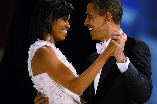 Барак и Мишель Обама зажигательно станцевали на концерте Бейонсе и Джей-Зи: видео