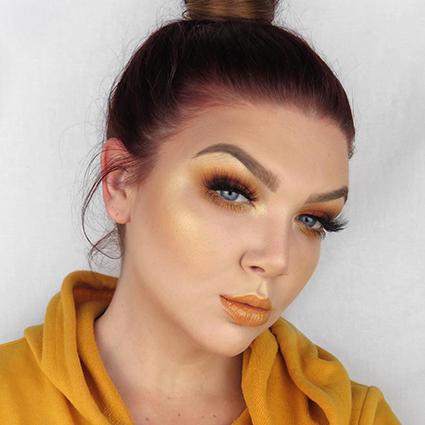 Желтый — хит сезона: как сделать модный лимонный макияж