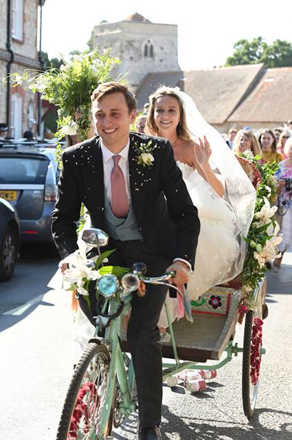 Меган Маркл провела день рождения на свадьбе друзей вместе с принцем Гарри