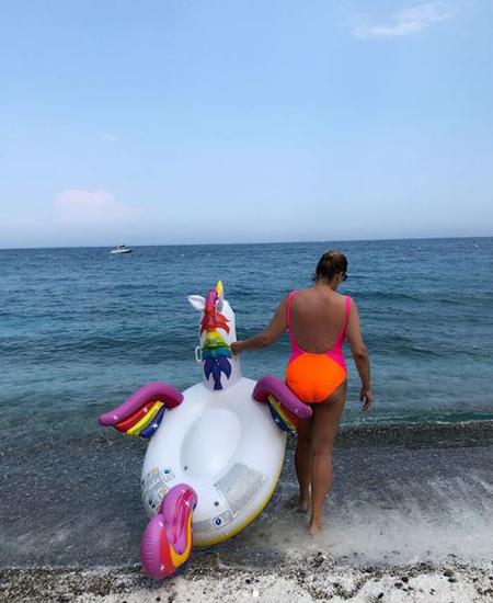Сезон бикини продолжается: Кети Топурия, Наталья Водянова, Белла Хадид, Маша Федорова и другие звезды делятся фото с отдыха