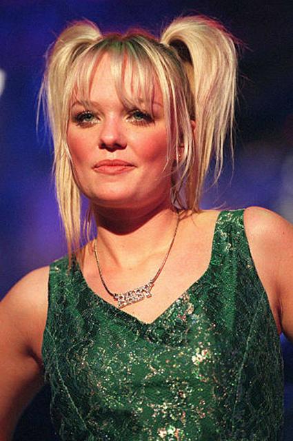Блейк Лайвли показала архивный снимок с концерта Spice Girls