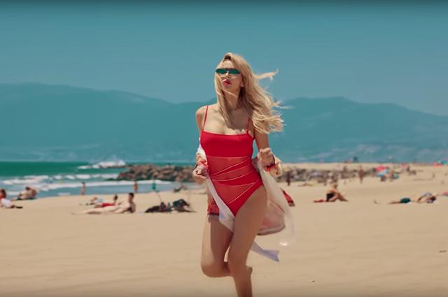 Светлана Лобода выпустила провокационный и смелый клип на песню SuperSTAR