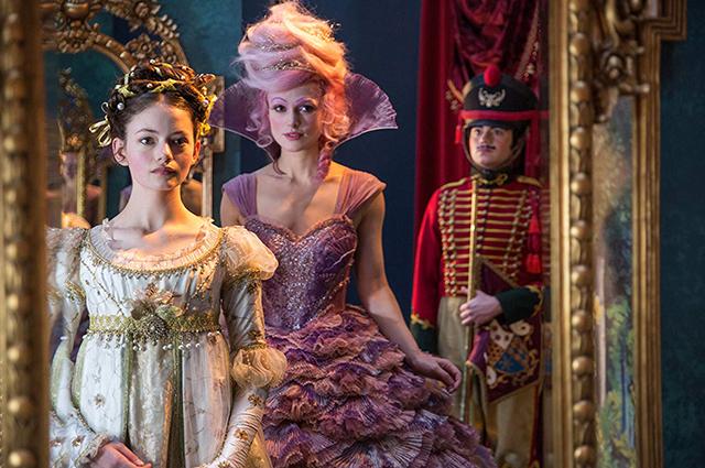 Кира Найтли, Хелен Миррен, Морган Фримен и Маккензи Фой в новом трейлере фильма «Щелкунчик и четыре королевства»