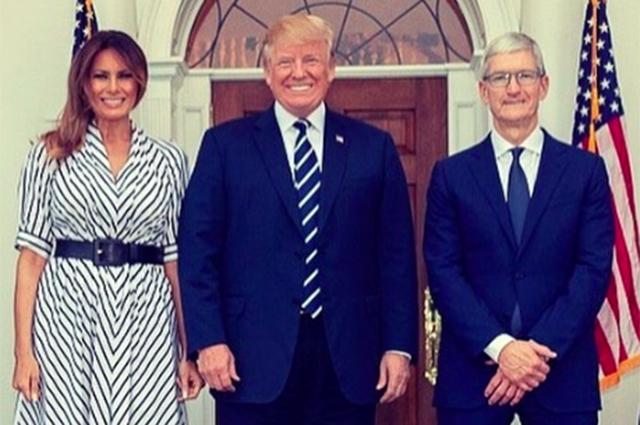 Дональд и Мелания Трамп встретились с главой компании Apple