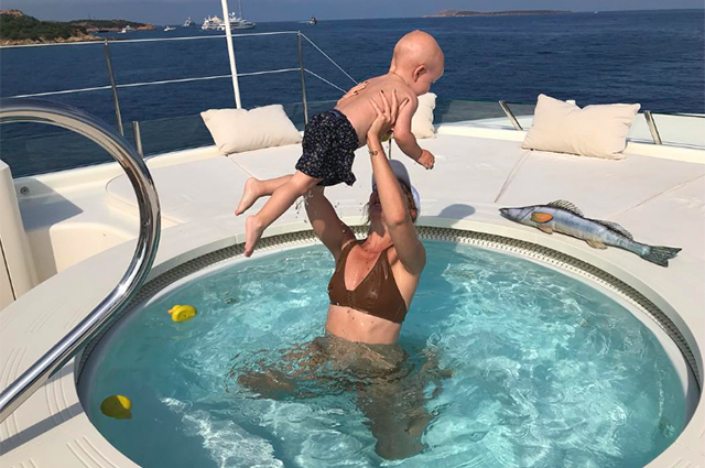 Ксения Собчак опубликовала нежную фотографию с сыном Платоном