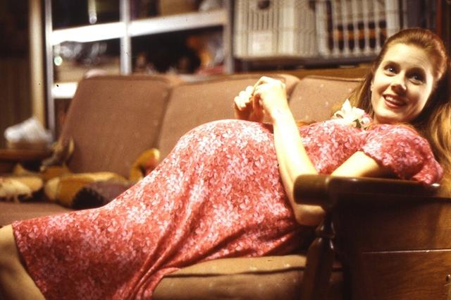 "Эми Адамс. Кадр из фильма ""Июньский жук"""