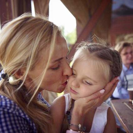 #надеждаПескова: Татьяна Навка и Дмитрий Песков отмечают день рождения младшей дочери