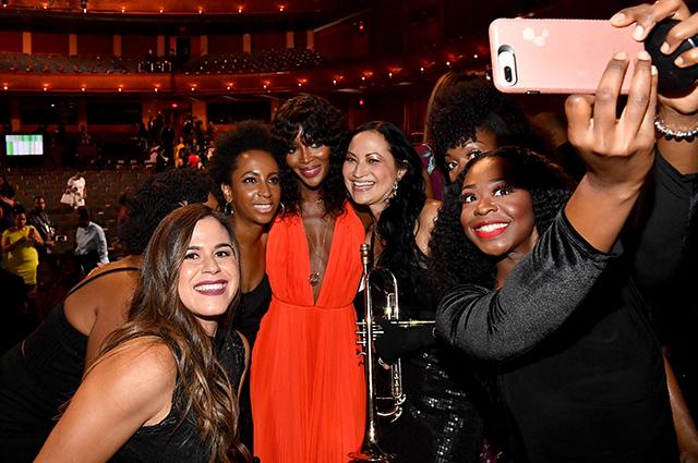 Наоми Кэмпбелл, Сиара, Джанет Джексон и другие на церемонии вручения премий Black Girls Rock 2018