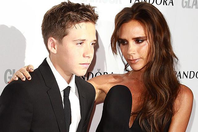 Виктория Бекхэм с сыном Бруклином