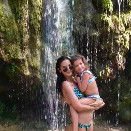 Лили Олдридж с дочкой