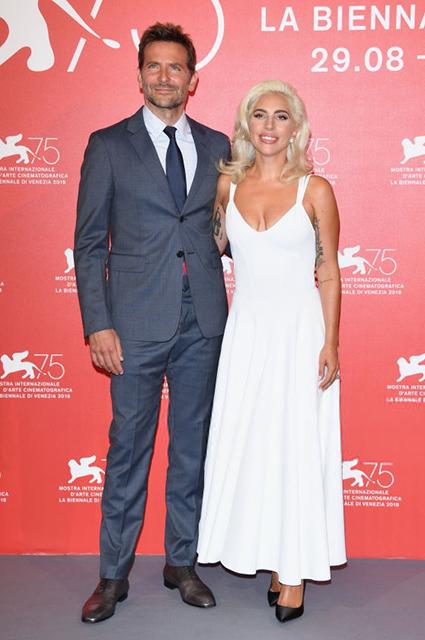 Венецианский кинофестиваль — 2018: Леди Гага и Брэдли Купер на фотоколле фильма