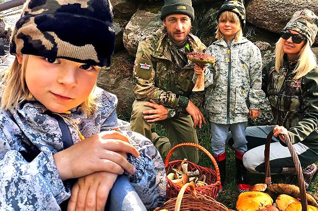 Евгений Плющенко и Яна Рудковская вместе с сыном сходили за грибами