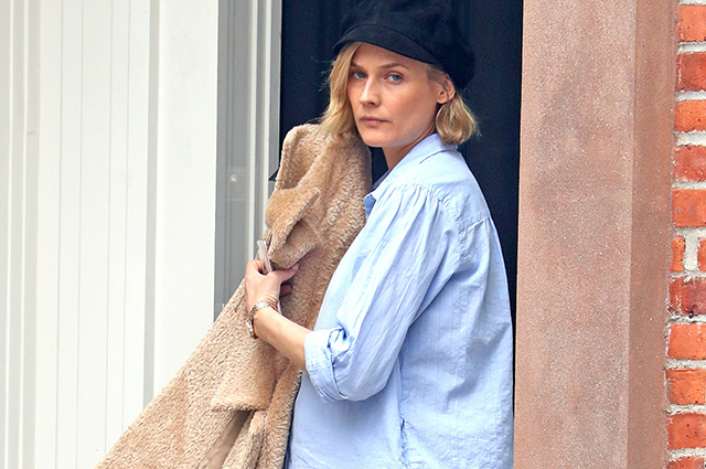 Беременная Диана Крюгер замечена на прогулке в Нью-Йорке