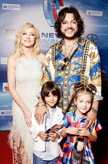 Кристина Орбакайте и Филипп Киркоров с сыном Мартином-Кристином и дочерью Аллой-Викторией