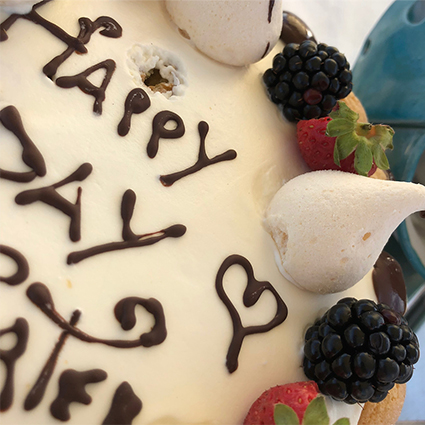 Бейонсе поделилась с подписчиками в Instagram новыми фото с празднования своего дня рождения