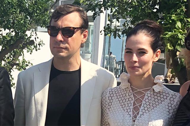 Юлия Снигирь и Евгений Цыганов на Венецианском кинофестивале: новые фото пары
