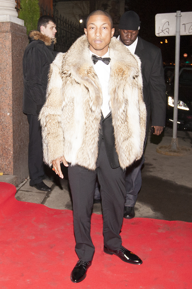 Фаррелл Уильямс. Стефано Габбана и Доменико Дольче. Гала-ужин Dolce&Gabbana, 2011 год