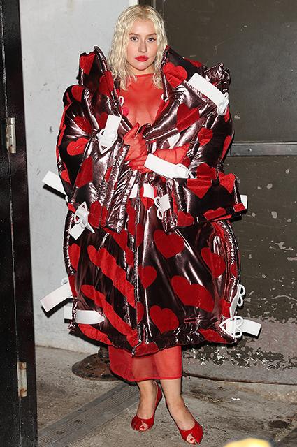 Свое фэшн-шоу: выбираем лучший образ Кристины Агилеры на Неделе моды в Нью-Йорке