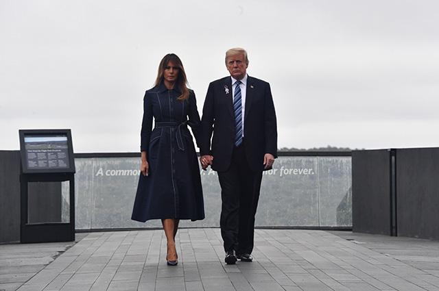 Дональд и Мелания Трамп посетили открытие мемориала «Башня голосов» в Шэнксвилле