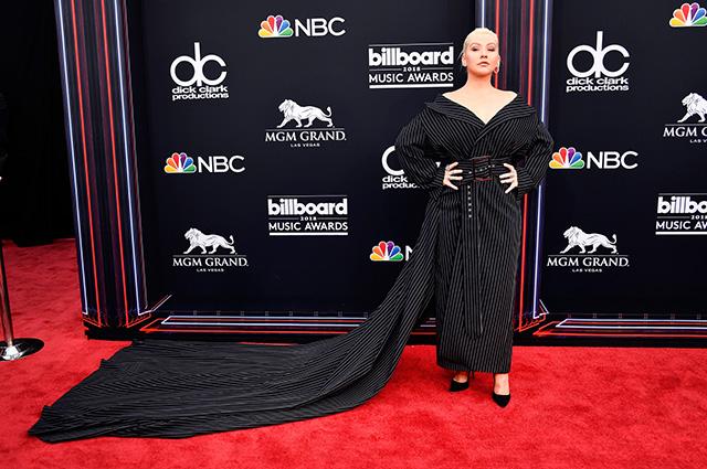 Кристина Агилера призналась, что хотела бы записать песню с Бритни Спирс