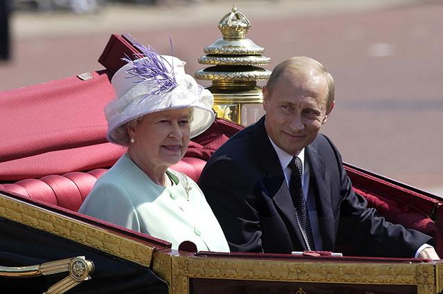 Королева Елизавета II и Владимир Путин, 2003 год
