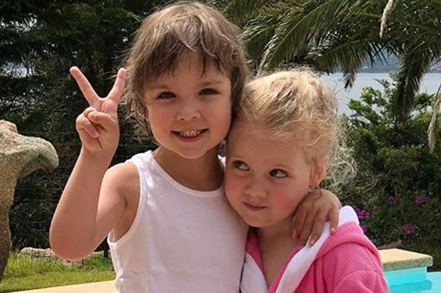 Алла Пугачева и Максим Галкин подарили детям необычный подарок на день рождения