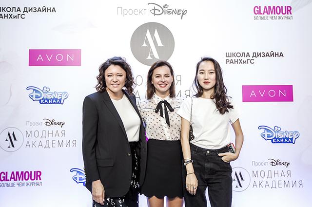 Марина Жигалова-Озкан, Оксана Лаврентьева и Ильяна Эрднеева